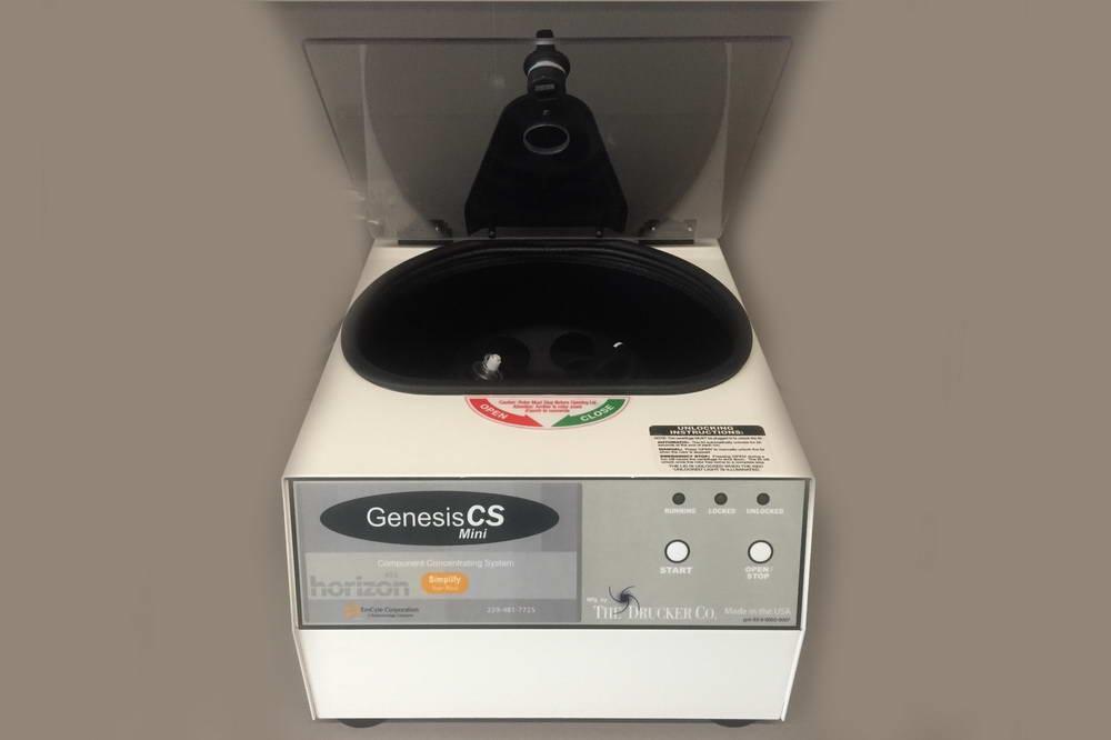 Συσκευή αυτόλογης μεσοθεραπείας PRP, Lab. Newmed Pharmaceuticals και PRP Performance Centrifuge, Genesis CS, EmCyte Corporation 5